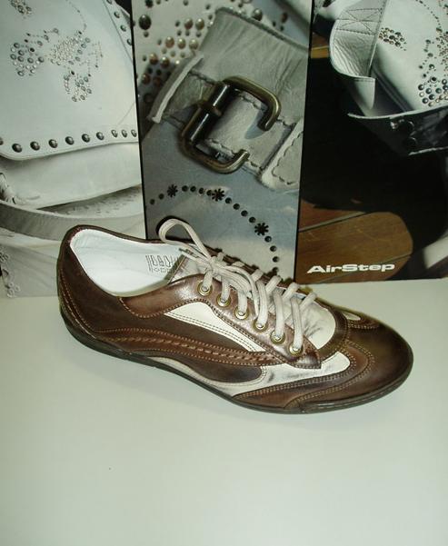 42c01baae9 Pánska obuv  Kabelky